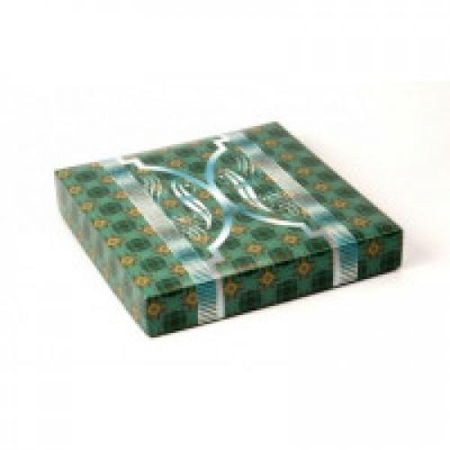 Подарочная коробка для футболок зеленая